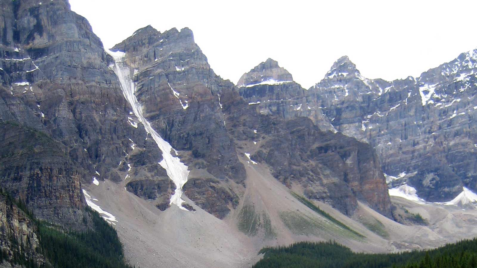 Snow covered mountain range at Rocky Mountains Canada